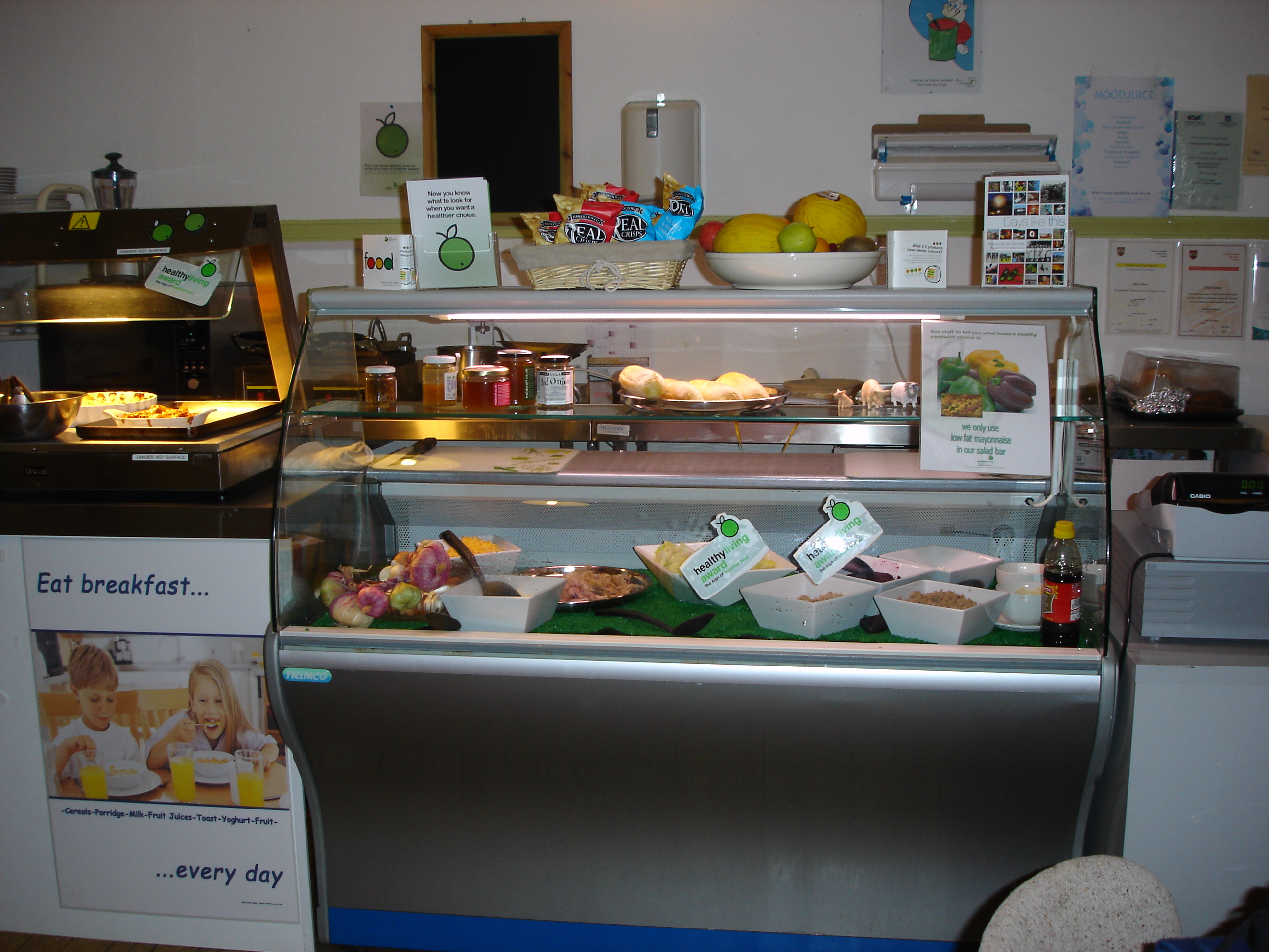 Fresh food counter